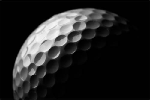 Posterlounge Acrylglasbild 30 x 20 cm: Golfball in Makro von Editors Choice - Wandbild, Acryl Glasbild, Druck auf Acryl Glas Bild