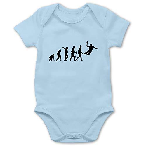 Shirtracer Evolution Baby - Handball Evolution Herren - 12/18 Monate - Babyblau - Baby Handball - BZ10 - Baby Body Kurzarm für Jungen und Mädchen