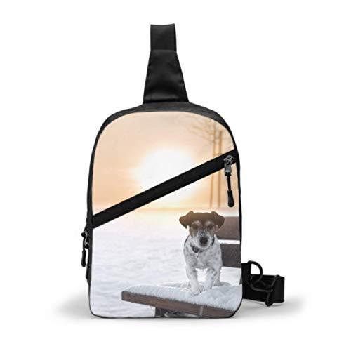 Bolso bandolera para gimnasio, mochila de viaje repelente al agua, bolsos de hombro para el pecho al aire libre, mochila cruzada informal para hombres y mujeres, perro sentado Sunrise en banco Jack