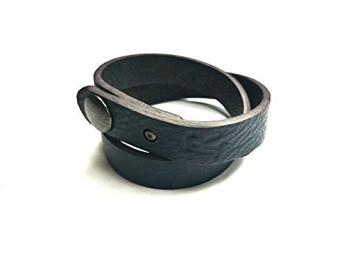Bracciale doppio in pelle naturale blu regolabile con chiusura a clip in ottone.