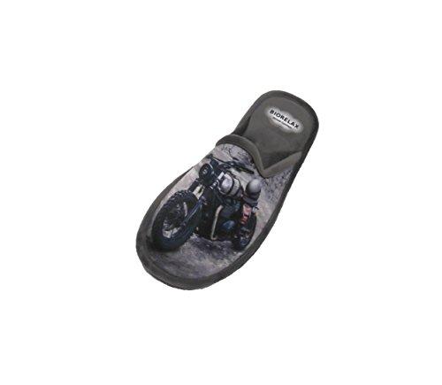 Zapatilla de Estar por casa/Biorelax/Hombre/Mod. Dibujo Moto/Gris/Material Suapel/Suela Goma/con Cámara de Aire/Talla 43