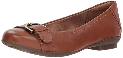 Price comparison product image Clarks Women's Neenah Lark Ballet Flat,  Dark tan Leather,  9 M US