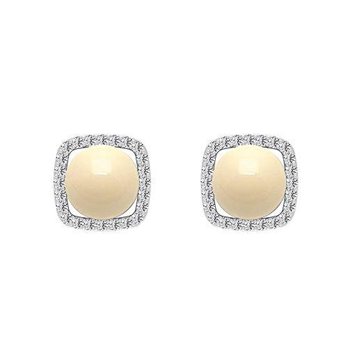 Pendientes de tuerca de perlas cultivadas japonesas de 5,24 con halo cuadrado de diamante, oro con rosca trasera marfil