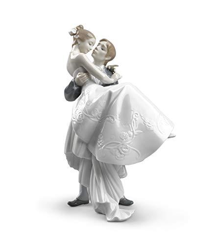 LLADRÓ The Happiest Day Couple Figurine Type 356. Porcelain Bride and Groom (Wedding) Figure.