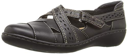 Clarks Women's Ashland Spin Q Slip-On Loafer, Black, 5 B(M) US