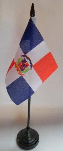 Lot de 12 République dominicaine 10,2 x 15,2 cm Bureau des drapeaux de table avec bâtonnets et bases