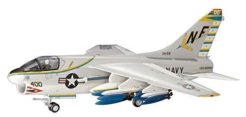ハセガワ 1/72 アメリカ海軍 A-7A コルセア II プラモデル B8