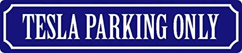 Generisch Blechschild 46x10cm gewölbt Tesla Parking Only Deko Geschenk Straßen Schild