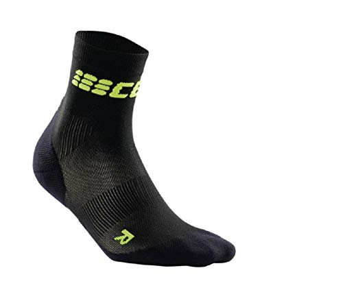 CEP Damen Kompressionsbekleidung Ultralight Short Socks, schwarz, 2