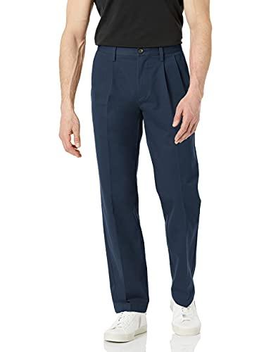 Amazon Essentials - Pantalón chino plisado para hombre, resistente a las arrugas, color caqui, 38 x 32 l