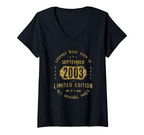 Mujer 18 años Cumpleaños Las Leyendas nacen en Septiembre de 2003 Camiseta Cuello V