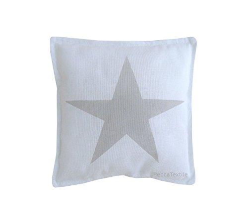 Kissen Grauer Stern. Kissen Kinderbett in grauer Farbe. Kissen für Babys Zimmer. Kopfkissen von BeccaTextile.