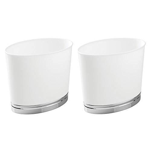 mDesign kleiner Mülleimer ohne Deckel - kompakter Abfallsammler (28x16,5x25,5) für Bad, Büro und Küche - Kosmetikeimer aus Kunststoff - Fassungsvermögen ca.6l - weiß/silber - 2er Set