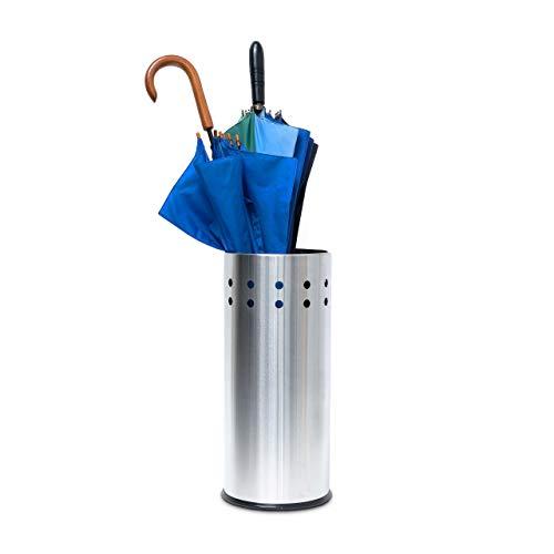 Relaxdays 10019103 Schirmständer Edelstahl, rund mit Lochmuster für Regenschirm, Gehstock, Regenschirmständer mit Einleger und Unterleger, Höhe 49,5 cm, Durchmesser 22,5 cm, Silber