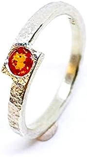 Bellissimo anello con prezioso Zaffiro naturale da 4 mm x 2,6 mm e 0,32 carati, realizzato interamente a mano in argento s...