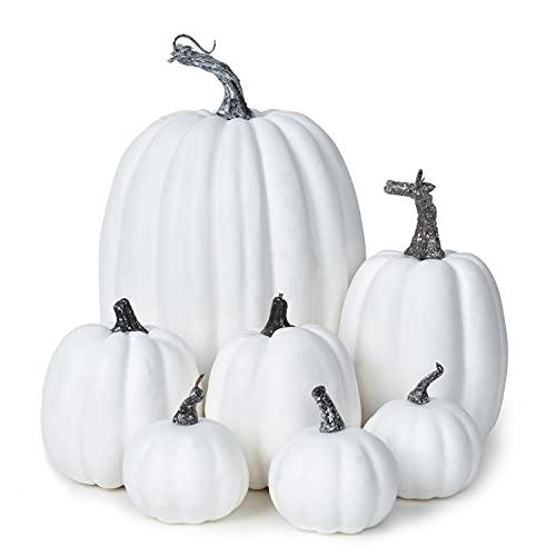 YQing 7Pcs Calabazas Halloween Decoracion Otoño, Calabazas Decorativas Halloween Terciopelo, Hojas de Arce Verduras Artificiales Calabaza para Decorar Festival Hogar Partido (Blanco, 7 Pieza)