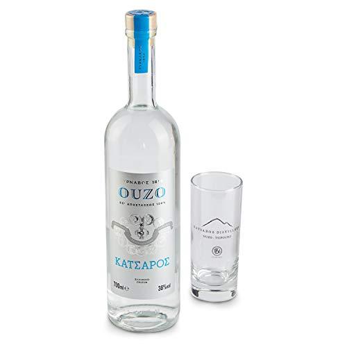 Jassas PREMIUM OUZO Katsaros 0,7l - 38% Vol. - Hochwertige Inhaltsstoffe - Älteste Ouzo Destillerie der Welt - Einzigartiger Geschmack + 1 Glas
