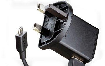 D2D - Cargador Sony Ericsson EP800 con cable USB para Xperia Arc
