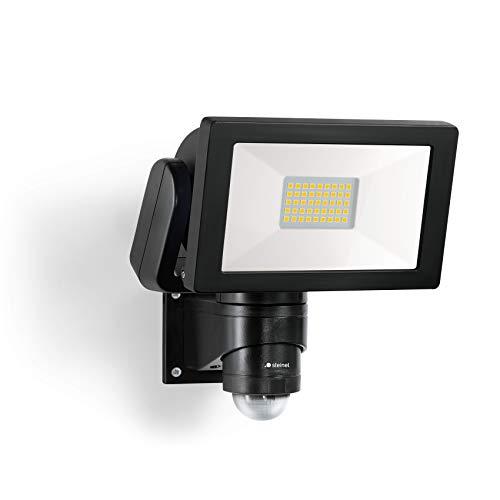 Steinel LED Strahler LS 300 Schwarz, 30.6 W Flutlicht, 240° Bewegungsmelder, 12 m Reichweite, 4000 K neutralweiß