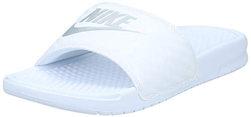 Nike Wmns Benassi JDI, Chanclas para Mujer, Blanco (White/Metallic Silver 102), 39 EU