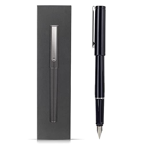 XYZZ bolígrafo. Material de PC. sensación metálica. Punta de Acero Inoxidable. Fuerte y Resistente al Desgaste. Escribe con fluidez. La Tinta Fluye sin Problemas. Adecuado para caligrafía. Negro