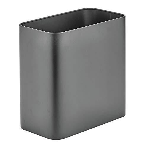 mDesign Papelera de Oficina Rectangular – Papelera metálica compacta para baño, Cocina u Oficina con Espacio Suficiente para residuos – Cubo de Basura de Metal – Gris Grafito