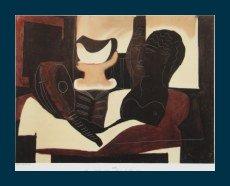 Bild mit Rahmen Pablo Picasso - Stilleben mit antikem Kopf - Holz blau, 58,5 x 45.5cm - Premiumqualität - Klassische Moderne, Kubismus, Stillleben, Musikinstrument, Laute, Antike Büste, geometri.. - MADE IN GERMANY - ART-GALERIE-SHOPde