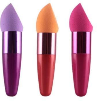XIANNVV Pinceau de maquillage, silicone, houppette, ouf éponge, tampon de coton avec poignée, couleurs aléatoires