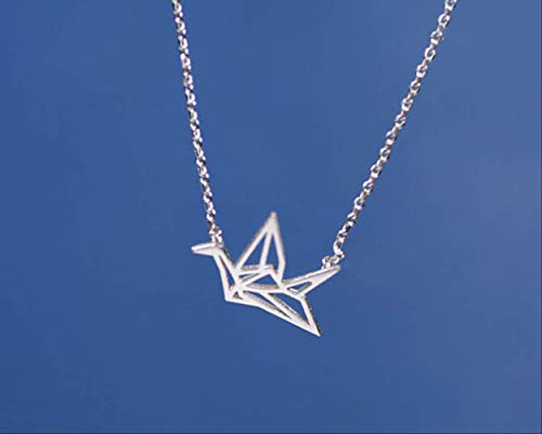 VAWAA Baby Bird Paper Cut Crane Necklace Origami Crane Necklace Hollow Swallow Collares Joyas para Mujeres