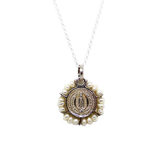 Kokomorocco Collar Medalla comunión Virgen de Guadalupe de Plata de Ley y Perlas, Regalos Originales, Mujer o niña, Caja y Bolsa de Regalo Incluido Regalo Dia de la Madre