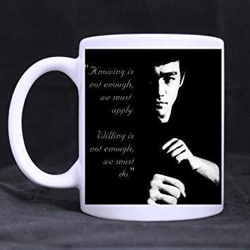 N\A Dason CozyHome Bruce Lee Saber no es Suficiente Taza de café Personalizada Taza Blanca 819551