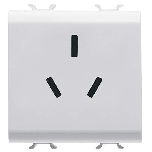 Enchufe de norma china de la marca Gewiss para 250 V ac, 10A en color Blanco de la serie Chorus, 4,2 x 4,42 x 4,4 centímetros, color blanco (Referencia: GW10391)