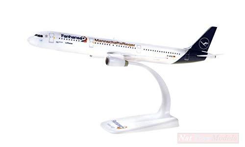 NEW HERPA HP612104 Airbus A321 Lufthansa MANNSCHAFTSFIEGER 1:200 MODELLINO DIE CAST