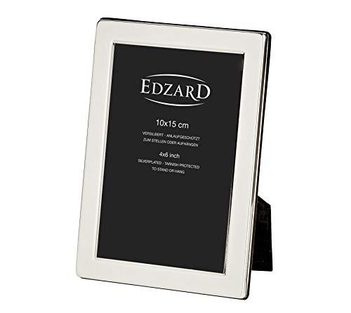 EDZARD Fotorahmen Salerno für Foto 10 x 15 cm, edel versilbert, anlaufgeschützt, mit weichem Samtrücken, inkl. 2 Aufhängern, Perfekt zum Stellen und Hängen