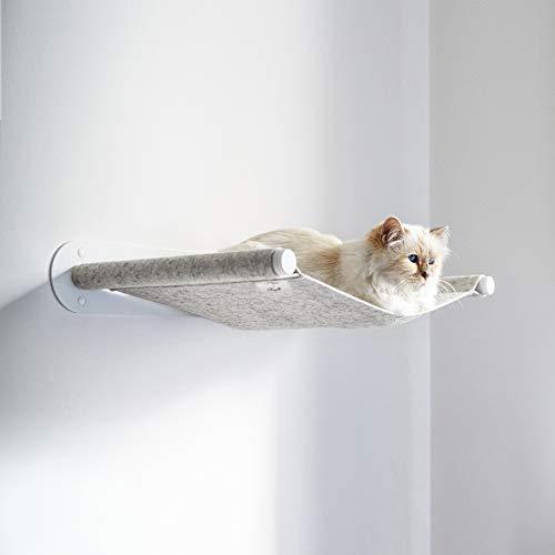 LucyBalu x Choupette Limitierte Edition Katzen Hängematte Swing I Wandliege 65 x 10 x 35 cm I Pulverbeschichtetes Metall und natürlicher Wollfilz (Weiß - Champagner-Melange)