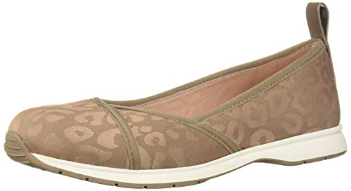 Taryn Rose Women's Bobbi Ballet Flat, Buff, 10 M Medium US