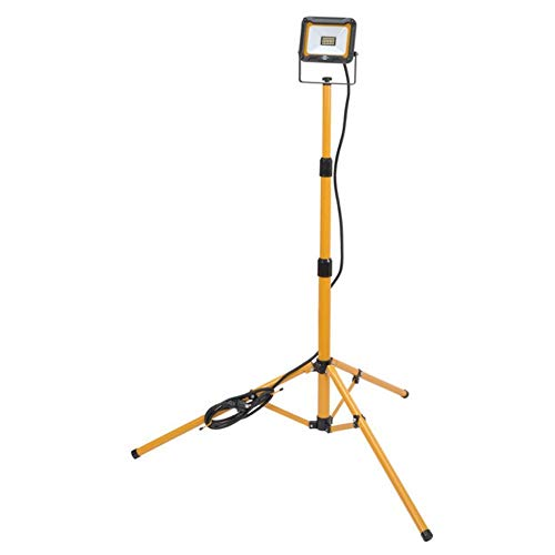 Brennenstuhl Stativ LED Strahler JARO 2000 T / LED Baustrahler mit Stativ für außen (IP65, 3m Kabel, 20W, mit Kabelhalterung und Rohrspannmuttern)