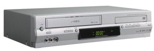 『TOSHIBA VHSビデオデッキ一体型DVDプレーヤー SD-V700』のトップ画像