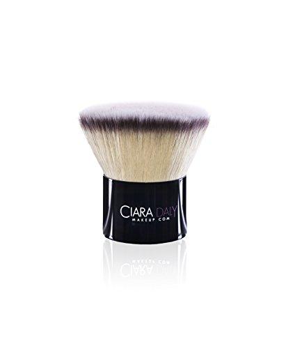 """Ciara Daly Makeup, pennello professionale 'My Hero"""", da fondotinta"""