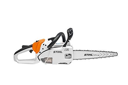 Stihl MS 151 C-E (23,6 CC; 1,1 KW/1,5 CV; 2,8 kg). Motosierra Carving LA más ligera. Con sistema ERGOSTART (E) garantiza un arranque ágil. Con SPRANGA Carving con cadena 1/4 PM3.