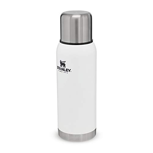 Stanley Adventure Series 18/8 Stainless Steel Wall Vacuum Insulation Water Bottle Leakproof + Packable Doubles As Cup Naturally Bpa-Free, Unisex-Adult, Blanco Polar, 1.1QT / 1.0L