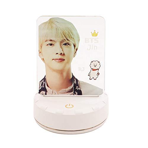 ALTcompluser Kpop BTS LED Nachtlicht Standing Figur Lampe, Nachttischlampe Touch Dimmbar 7-Farben ändern Schreibtischlampe mit USB-Kabel(JIN)