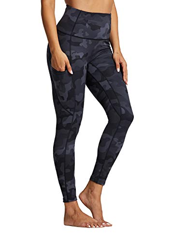 """ZUTY Women's 7/8 High Waisted Printed Yoga Leggings with Pockets Tummy Control Workout Ankle Pants Running Tights 25"""" Black camo M"""