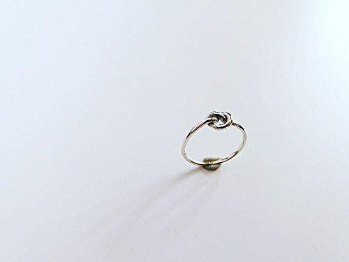 Anello nodo dell'amore, in Argento 925, interamente realizzato a mano.