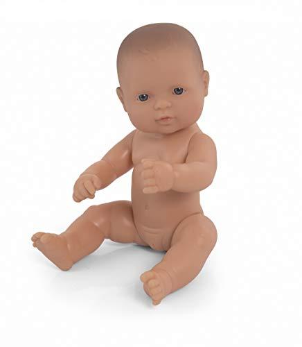 Miniland – Muñeca bebé Europea Niña de Vinilo Suave de 32cm con rasgos étnicos y sexuado para el Aprendizaje de la Diversidad con Suave y Agradable Perfume. Colección de Diferentes etnias y sexos.
