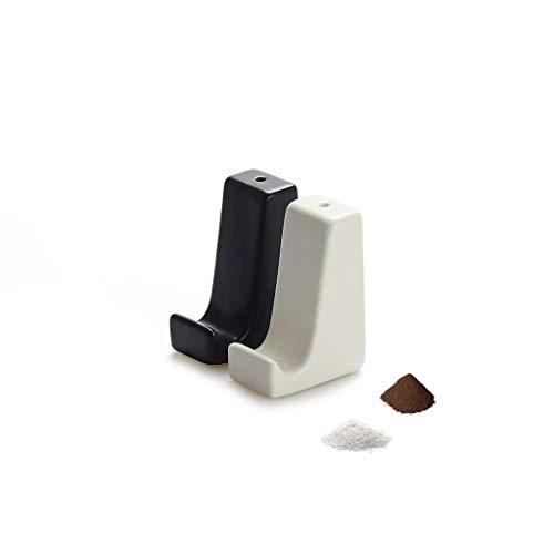 Balvi zout- en peperset Smart Stand zwart en wit. Bovendien ondersteunen smartphone en tabletset uit 2 delen: zout- en peperstrooier keramiek