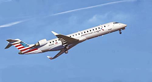 BPK 7215-1/72 - Bombardier CRJ-700 Airplane Scale Model kit
