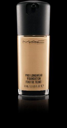 Mac Pro Longwear Foundation (NC20)