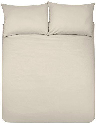 AmazonBasics Microfibre Duvet Cover Set, King, Beige