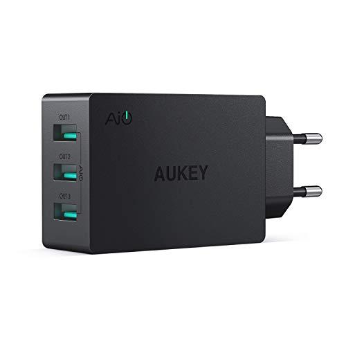 AUKEY Cargador USB de Pared con 3 Puertos USB 30W / 6A con Tecnología